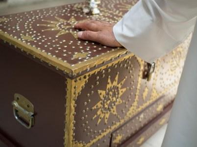 Dowry box
